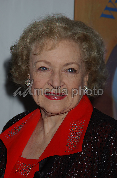 19 February 2005 - Hollywood, California - Betty White. 57th Annual Writers Guild Awards held at the Hollywood Palladium. Photo Credit: Laura Farr/AdMedia