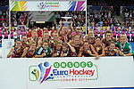ENG - London, England, August 30: Team of England celebrates the win over the The Netherlands after winning the final in shoot-out on August 30, 2015 at Lee Valley Hockey and Tennis Centre, Queen Elizabeth Olympic Park in London, England.  (Photo by Dirk Markgraf / www.265-images.com) *** Local caption *** Kate RICHARDSON-WALSH #11 of England lifts the trophy