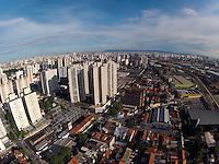 SAO PAULO, SP, 10 DE MARÇO 2013, CLIMA TEMPO. Manhã de sol na capital paulista nesse Domingo (10). Foto aerea feita na região do Ipiranga. LUIZ GUARNIERI/ BRAZIL PHOTO PRESS.