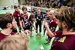 Stockholm 2014-12-03 Handboll Elitserien Hammarby IF - IFK Sk&ouml;vde :  <br /> Lugis  tr&auml;nare Basti Rasmussen i aktion med Lugis spelare under en timeout under matchen mellan Hammarby IF och IFK Sk&ouml;vde <br /> (Foto: Kenta J&ouml;nsson) Nyckelord:  Eriksdalshallen Hammarby HIF Bajen IFK Lugi tr&auml;nare manager coach