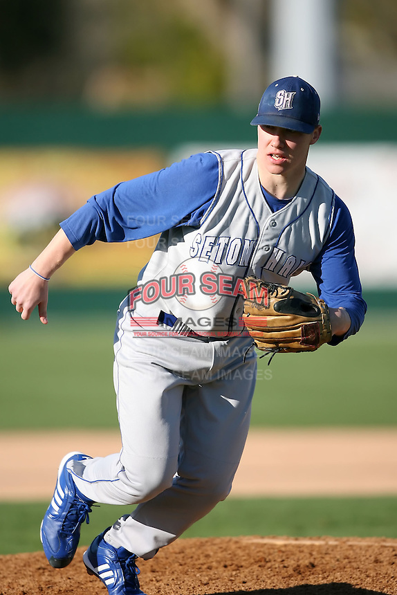 February 20, 2009:  Pitcher Matt Singer (33) of Seton Hall University during the Big East-Big Ten Challenge at Jack Russell Stadium in Clearwater, FL.  Photo by:  Mike Janes/Four Seam Images