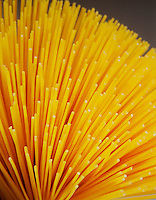 Still life  con spaghetti.<br /> Still life with spaghetti pasta.