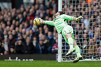 28.02.2015.  London, England. Barclays Premier League. West Ham United versus Crystal Palace.  Crystal Palace's goalkeeper Julian Speroni is beaten by a long range shot from West Ham United's Enner Valencia (not pictured)  making the score 1-3