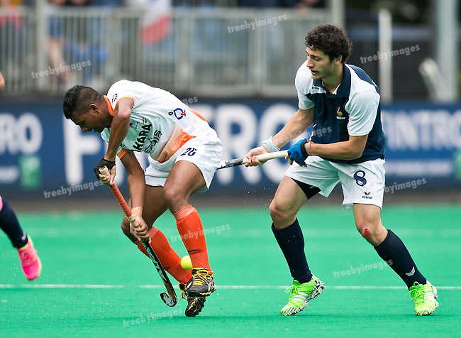 20/06/2015<br /> HWL Semi Final Antwerp Belgium 2015<br /> France v India Men<br /> Simon Martin Brisac of France and Satbir Singh of India<br /> Photo: Grant Treeby