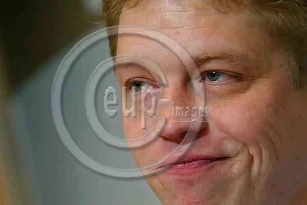 BRUSSELS - BELGIUM - 06 JANUARY 2004  -- Dutch MEP Michiel van HULTEN (PES). PHOTO: EUP-IMAGES / ERIK LUNTANG