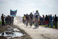 Adam Blythe (GBR/Orica-GreenEDGE) leading the leaders in sector 14: Tilloy &agrave; Sars-et-Rosi&egrave;res (2.4km)<br />