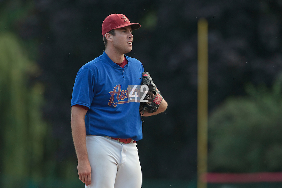 13 July 2010: John Donn of Team All Star Elite pitches against Team France during day 1 of the Open de Rouen, an international tournament with Team France, Team Saint Martin, Team All Star Elite, at Stade Pierre Rolland, in Rouen, France.