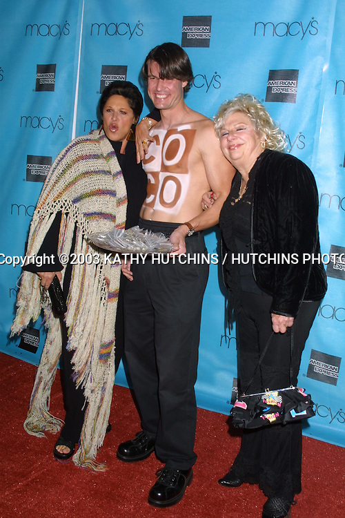 ©2003 KATHY HUTCHINS / HUTCHINS PHOTO.MACY'S PASSPORT GALA EVENING.BARKER HANGER.SANTA MONICA, CA.OCTOBER 2, 2003..LAINIE KAZAN.BACARDI COCO MALE MODEL .RENEE TAYLOR