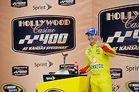 Winner Joey Logano (#22)