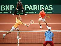 23-9-06,Leiden, Daviscup Netherlands-Tsjech Republic, doubles, Peter Wessels and Rogier Wassen(r)
