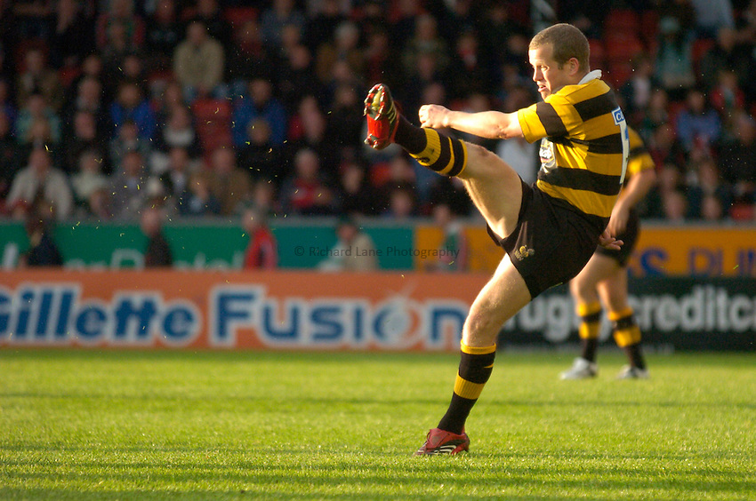 Photo: Richard Lane..Leicester Tigers A v London Wasps A. Guinness A League Final. 07/05/2007. .Wasps' Dave Walder kicks.