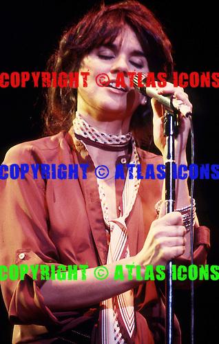 Linda Ronstadt,<br /> Photo Credit: Ron Akiyama/ Atlasicons.com