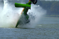 Frame 10: Jeff Shepherd blows over his Hoffman SST-120 boat during a qualifying run..PROP-Cypress Gardens Shootout, Winter Haven, Florida, USA 22 October,2000 copyright©F.Peirce Williams 2000..F.Peirce Williams .photography.P.O.Box 455  Eaton,OH 45320 USA.p: 317.358.7326  e: fpwp@mac.com