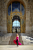 FRANCE, Paris, Model Justina Vazgauskaiti, View Management (Valentina Dalmagioni) 34.932.720.999<br /> at the Main entrance to the Petit Palais, Paris