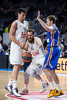 Real Madrid's Willy Hernangómez and Sergio Rodríguez and Khimki Moscow's Zoran Dragic during Euroleague match at Barclaycard Center in Madrid. April 07, 2016. (ALTERPHOTOS/Borja B.Hojas) /NortePhoto
