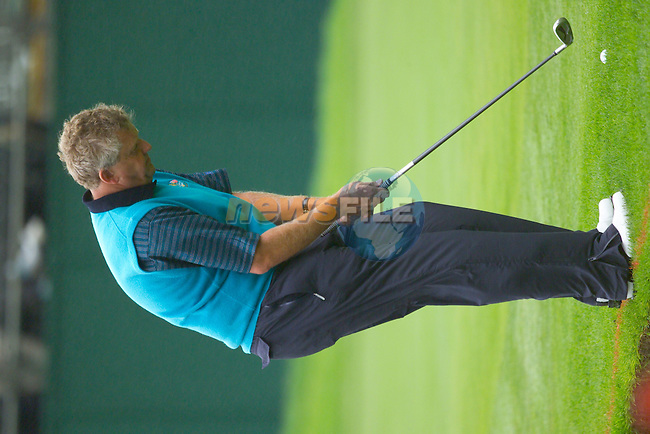 20th September, 2006. European Ryder Cup team member Colin Montgomerie practises on the 11th green on practise Day 2 of the Palmer Course at the K CLub..Photo: Eoin Clarke/ Newsfile.