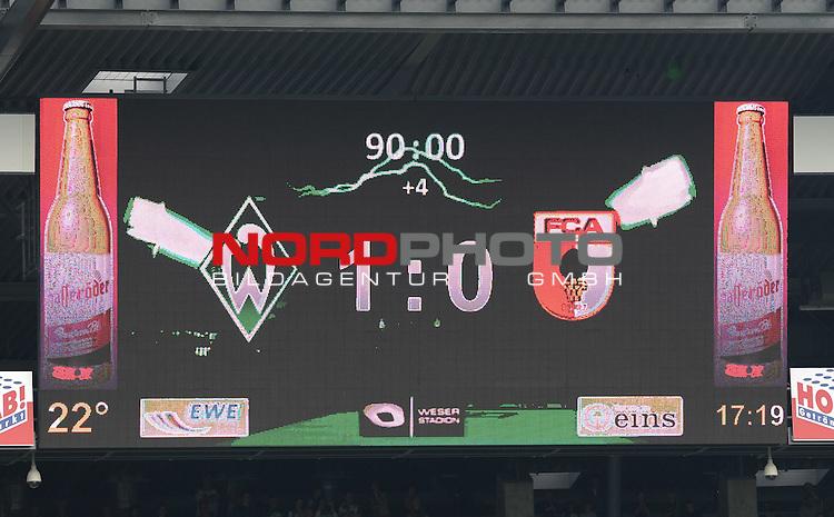 17.08.2013, Weserstadion, Bremen, GER, 1.FBL, Werder Bremen vs FC Augsburg, im Bild Anzeigetafel mit dem Endstand<br /> <br /> Foto &copy; nph / Frisch