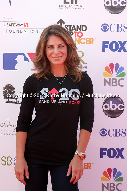 LOS ANGELES - SEP 7:  Jillian Michaels arrives at the 2012 Stand Up To Cancer Benefit at Shrine on September 7, 2012 in Los Angeles, CA