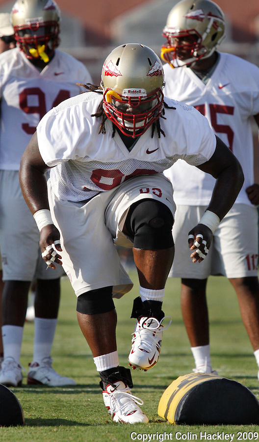 TALLAHASSEE, FL. 8/7/09-FSU-MCDANIEL0807 CH01-Florida State defensive tackle Jacobbi McDaniels runs a drill during practice Friday in Tallahassee...COLIN HACKLEY PHOTO