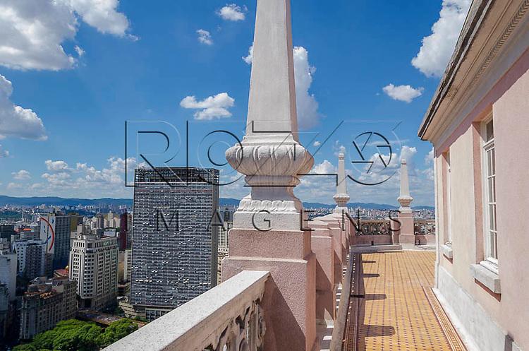Vista da cidade e do Edifício Mirante do Vale, a partir do Edifício Martinelli, São Paulo - SP, 01/2014.