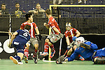 Berlin, Germany, January 31: Joshua Delarber #6 of Rot-Weiss Koeln tries to score a penalty corner during the 1. Bundesliga Herren Hallensaison 2014/15 semi-final hockey match between Rot-Weiss Koeln (dark blue) and Club an der Alster (red) on January 31, 2015 at the Final Four tournament at Max-Schmeling-Halle in Berlin, Germany. Final score 4-3 (2-2). (Photo by Dirk Markgraf / www.265-images.com) *** Local caption ***
