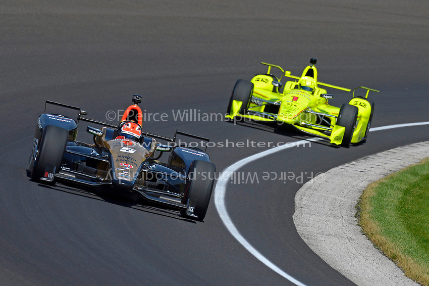 Verizon IndyCar Series<br /> Indianapolis 500 Carb Day<br /> Indianapolis Motor Speedway, Indianapolis, IN USA<br /> Friday 26 May 2017<br /> James Hinchcliffe, Schmidt Peterson Motorsports Honda, Simon Pagenaud, Team Penske Chevrolet<br /> World Copyright: F. Peirce Williams