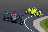 Verizon IndyCar Series<br /> Indianapolis 500 Carb Day<br /> Indianapolis Motor Speedway, Indianapolis, IN USA<br /> Friday 26 May 2017<br /> James Hinchcliffe, Schmidt Peterson Motorsports Honda, Simon Pagenaud, Team Penske Chevrolet<br /> World Copyright: F. Peirce Williams