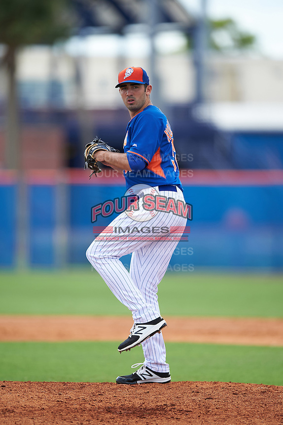 New York Mets pitcher Colin Holderman (52) during an Instructional League game against the Miami Marlins on September 29, 2016 at the Port St. Lucie Training Complex in Port St. Lucie, Florida.  (Mike Janes/Four Seam Images)