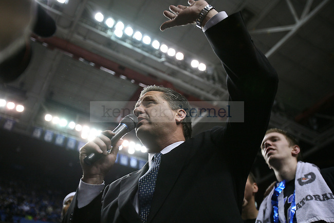 Head coach John Calipari makes a speech after the UK men's basketball team wins their 2000th game against Drexel at Rupp Arena on Monday, Dec. 21, 2009. Photo by Adam Wolffbrandt | Staff