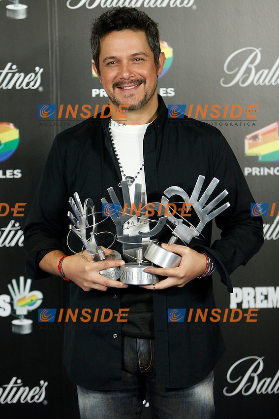 Alejandro Sanz attends 40 Principales awards photocall of winners  2012 at Palacio de los Deportes in Madrid, Spain. January 25, 2013.  Foto  Insidefoto/ALTERPHOTOS/Caro Marin.ITALY ONLY