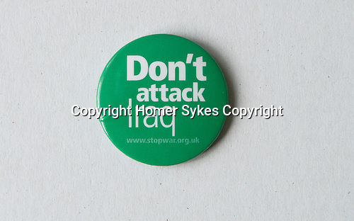 Pin button badges.
