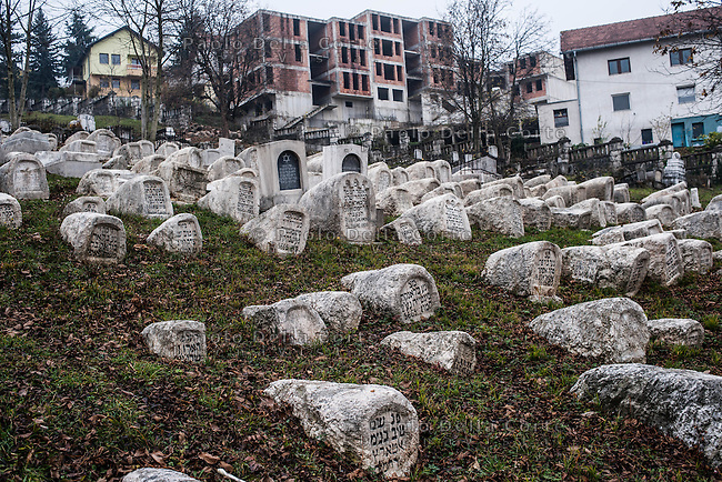 """Sarajevo - l' antico cimitero ebraico. Dopo quello di Praga è il più grande in Europa. This is the second largest Jewish cemetery in Europe, after the one in Prague.The year in which it was opened is recorded as 1630. The primary sources for the study of the cemetery have been locked and destroyed, praticulary in 1941, when the """"Book of the Dead"""" which had been meticulously coped out by Moše Altarac, secretary of the Sephardi Community ond of the """"Hevra kadiša"""" funeral society, was burned in the ruins of the Great Sephardi Synagogue in Sarajevo"""