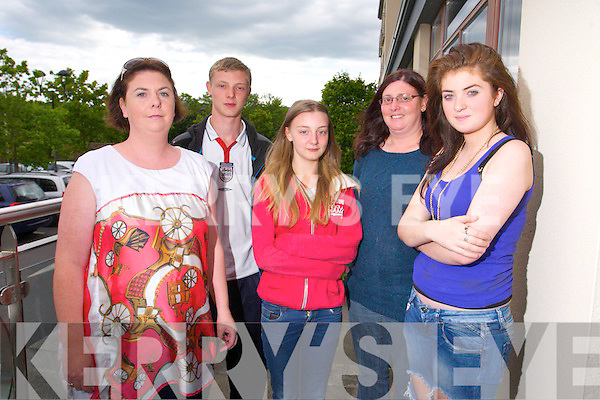 Suzanne Dusachy, Youth Leader, Aaron Duncan, Amy Duncan, Cathy Duncan, Youth Leader and Abbey Jones of Knocknagoshel Youth Group at the Youth Union Community Awards at Fels point Hotel on Monday