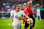 01.05.2019, RheinEnergie Stadion , Köln, GER, DFB Pokalfinale der Frauen, VfL Wolfsburg vs SC Freiburg, DFB REGULATIONS PROHIBIT ANY USE OF PHOTOGRAPHS AS IMAGE SEQUENCES AND/OR QUASI-VIDEO<br /> <br /> im Bild | picture shows:<br /> Ewa Pajor (VfL Wolfsburg #17) im Duell mit Virginia (SC Freiburg Frauen #25), <br /> <br /> Foto © nordphoto / Rauch