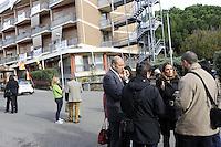 Roma, 23 Novembre 2011.Via Casal Boccone.Presidio di anziani , cittadini e lavoratori della Casa di riposo Roma 2 contro lo sgombero della struttura e il trasferimento degli anziani.Presente l'assessora Sveva Belviso