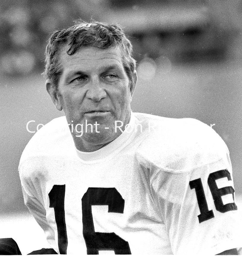Oakland Raider kicker quarterback George Blanda...(1968/Ron Riesterer)