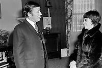 Le maire de Quebec Gilles Lamontagne et la chanteuse francaise Mireille Mathieu<br /> , Mars 1970<br /> <br /> Photographe : Jacques Thibault<br /> - Agence Quebec Presse
