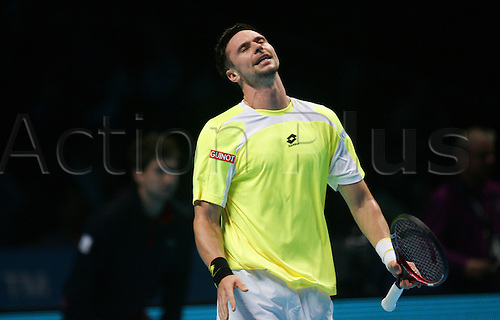 25.11.2010 Barclays ATP World Tour Finals from the O2 in London, day five.  Robin Soderling in action against Roger Federer