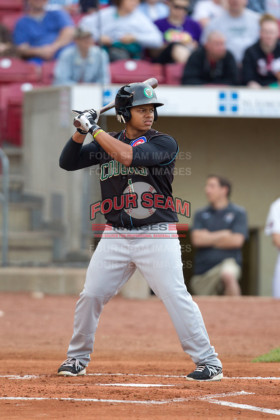 Kane County Cougars outfielder Oliver Zapata #1 bats during a game against the Cedar Rapids Kernels at Veterans Memorial Stadium on June 8, 2013 in Cedar Rapids, Iowa. (Brace Hemmelgarn/Four Seam Images)