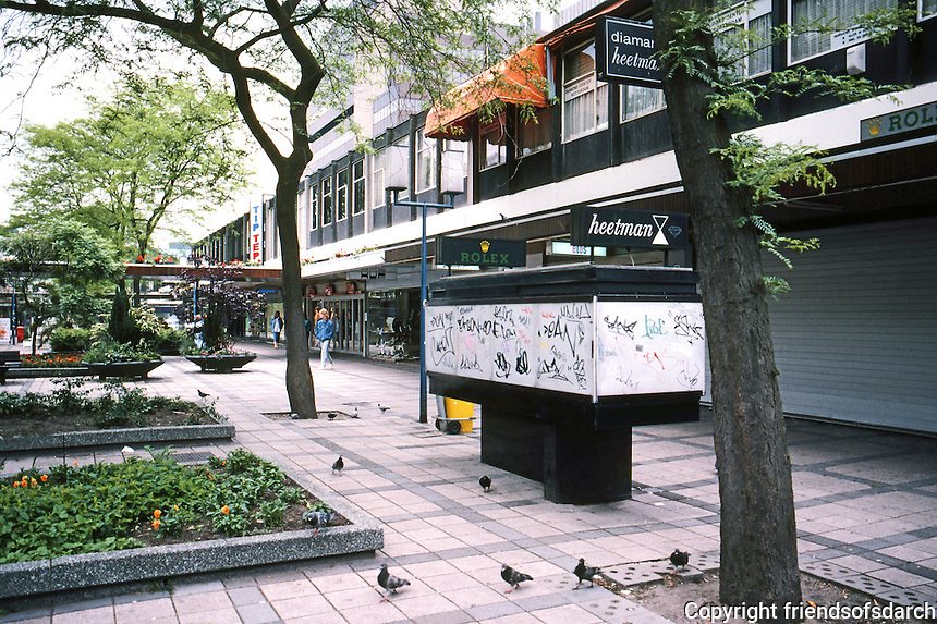 Rotterdam: Lijnbaan Pedestrian Zone, 1952-1954. Jacob B. Bakema and Johannes H. Van Der Broek. Photo '87.
