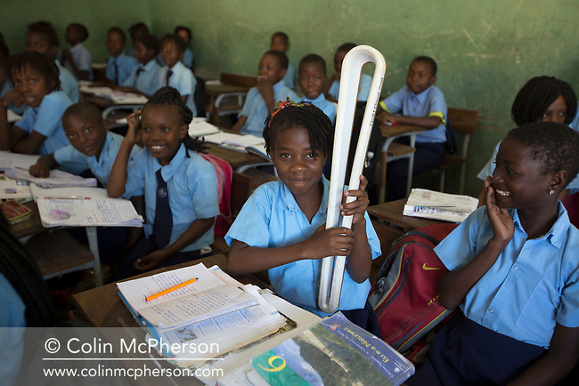 The Queen's Baton spent its first full day in Maputo, the capital city of Mozambique on 5 May, 2017, where it interacts with local traders and fishermen, visited three schools and was received by the minister of youth and sport. This Queen's Baton Relay will visit all 70 nations and territories of the Commonwealth, over 388 days and cover 230,000km. It will be the longest Relay in Commonwealth Games history, finishing at the Opening Ceremony on the Gold Coast on 4th April 2018. Photograph shows pupils at one of three schools the Baton visited in Maputo today.