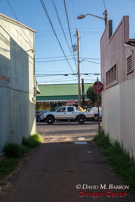 Kaunakakai Alleyway