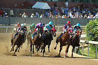 HOT SPRINGS, AR - APRIL 15: The running of the 5th race at Oaklawn Park on April 15, 2017 in Hot Springs, Arkansas. (Photo by Justin Manning/Eclipse Sportswire/Getty Images)