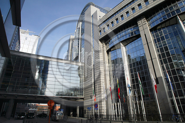 BRUSSELS - BELGIUM - 23 JANUARY 2006 -- The European Parliament in Brussels.   PHOTO: ERIK LUNTANG / EUP-IMAGES