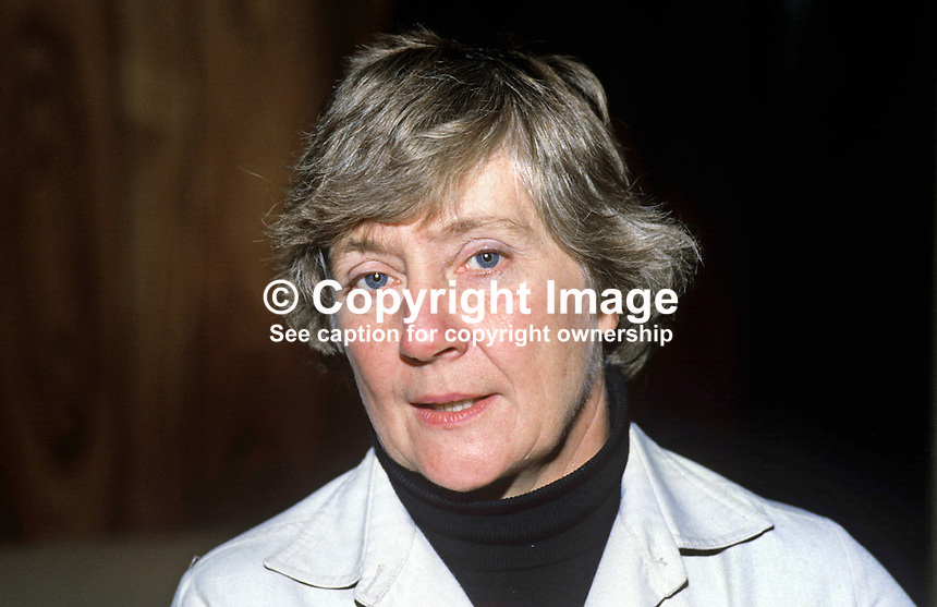 Shirley Williams, president, UK Social Democratic Party, who was a fraternal delegrate at the N Ireland's Social Democratic & Labour Party, at annual conference. 19851107SW1..© Victor Patterson, 54 Dorchester Park, Belfast, N Ireland..Tel: +44 2890661296.Mobile: +44 7802 353836.Emails: victorpatterson@me.com & victorpatterson@gmail.com.www.victorpatterson.com