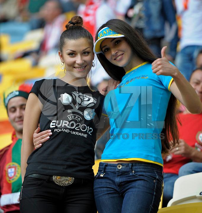 LVIV, UCRANIA, 09 JUNHO 2012 - EURO 2012 - ALEMANHA X PORTUGAL  Torcedores durante partida entre Alemanha x Portugal pelo grupo B da Euro 2012  na cidade Lviv na Ucrania neste sábado dia 09. (FOTO: BERND FEIL / PIXATHLON / BRAZIL PHOTO PRESS).