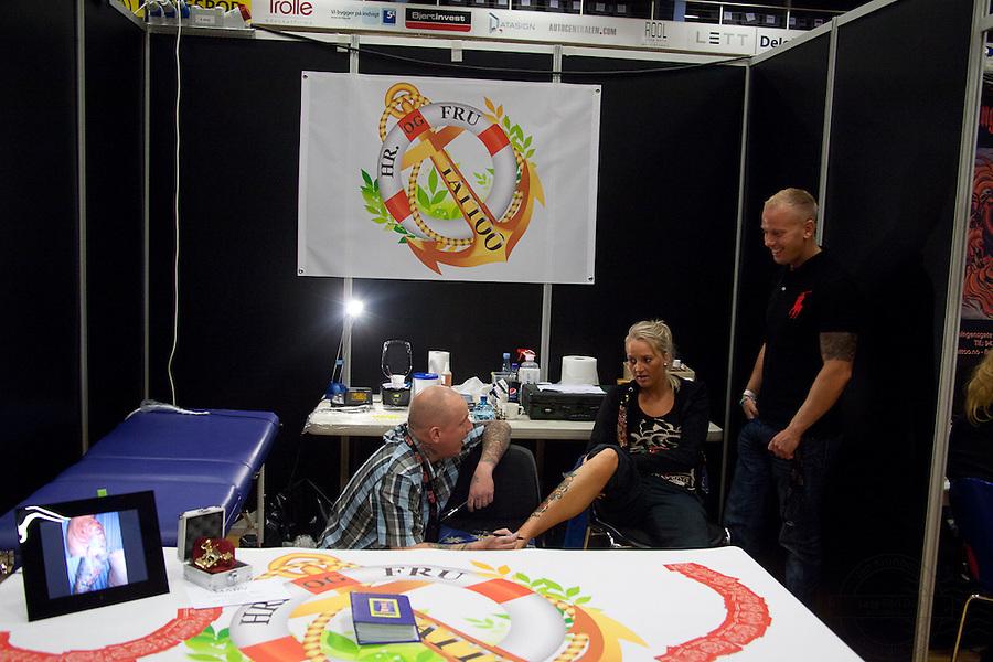 Tattoo Convention in Kolding 2011. Arranged by BodyMod.dk<br /> Hr. og Fru Tattoo, hrogfrutatoo.dk