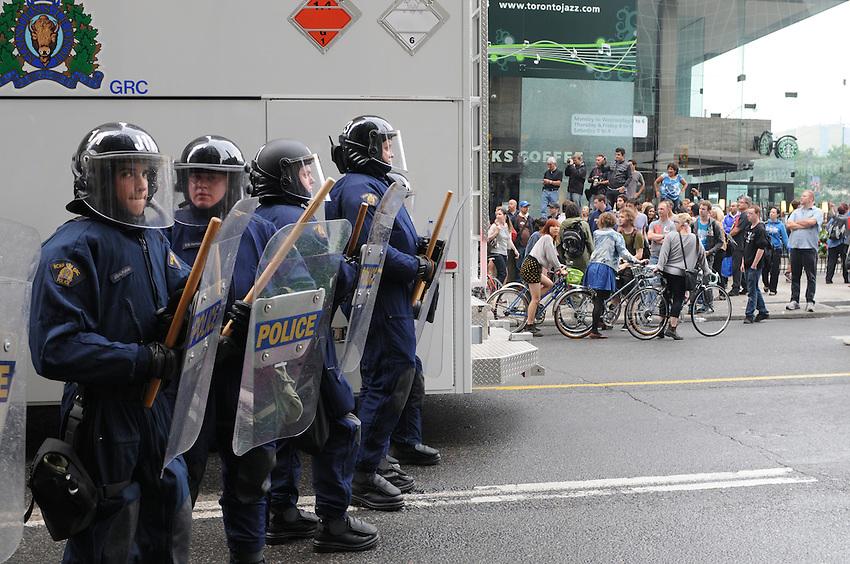 Toronto G 20 Protest RCMP Police Line Police Presence G 20 Protest Front Line