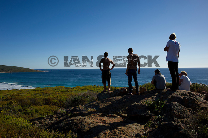 Ben Player, Shaggy, Spencer Skipper, James Wise and Mitch Rawlins watching supertube in Yallingup, Western Australia.