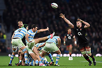 Martin Landajo of Argentina box-kicks the ball as George Kruis of England looks to charge him down. Old Mutual Wealth Series International match between England and Argentina on November 11, 2017 at Twickenham Stadium in London, England. Photo by: Patrick Khachfe / Onside Images